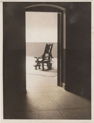 Portrait of Oblivion – Photograph of the Electric Chair at Sing Sing Prison