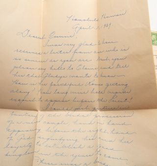 """DEPRESSION-ERA PENPAL LETTERS FROM A HAWAIIAN HIGH SCHOOL STUDENT - """"THE LIGHT OF THE SETTING SUN FLAMED ON THE DIAMOND HEAD AND TINTED WITH GOLD WEEPING IN THE CORAL REEFS."""" Archive of eleven Depression-era letters from a Hawaiian high school student to her pen-pal in Chicago"""